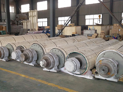 Press roller for paper machine